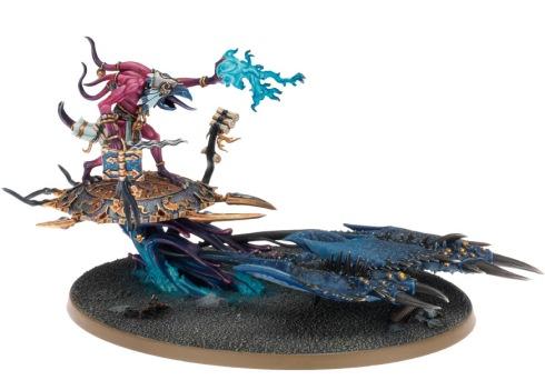 Herald_of_Tzeentch_on_burning_chariot